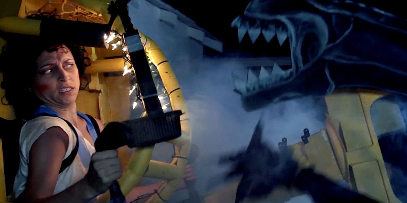 Aliens' Ripley vs Xenomorph Queen Recreated in Cardboard ...