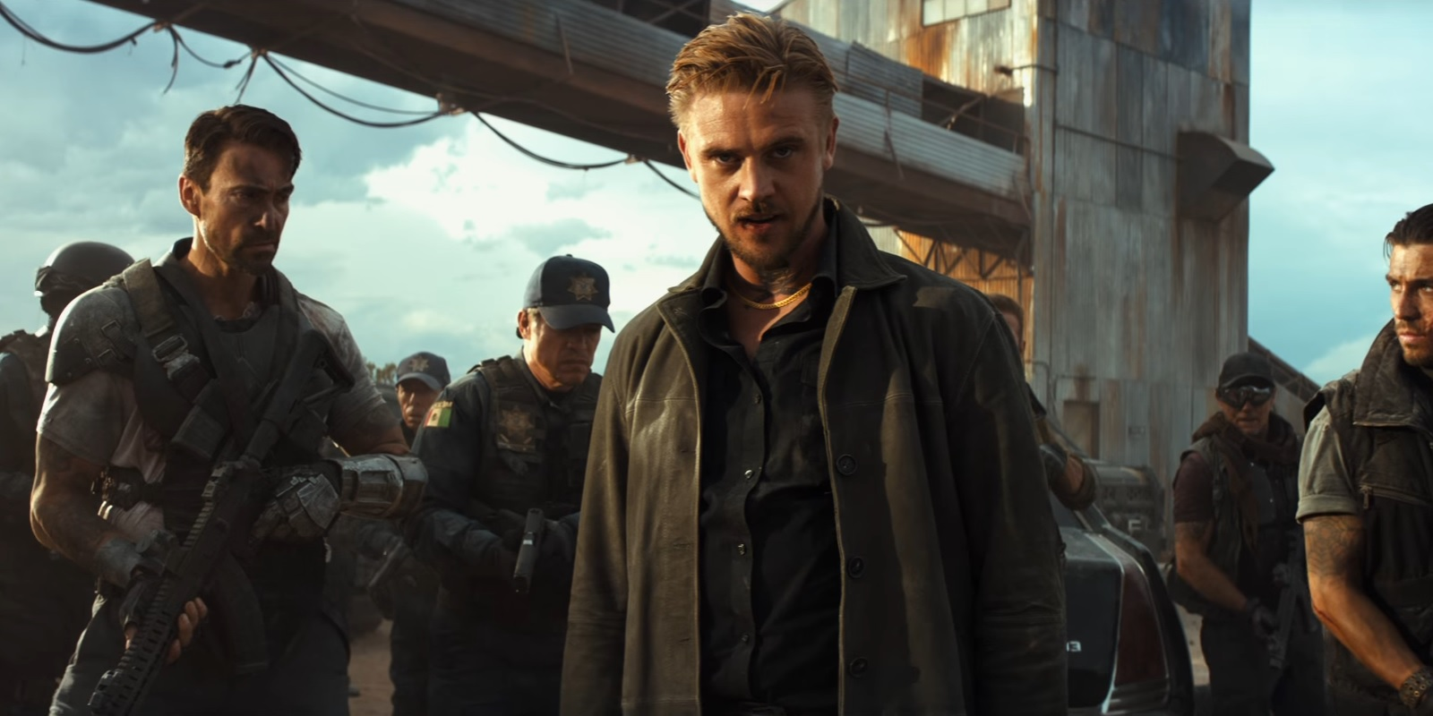 """Boyd Holbrook as Donald Pierce with the Reavers in """"Logan"""""""