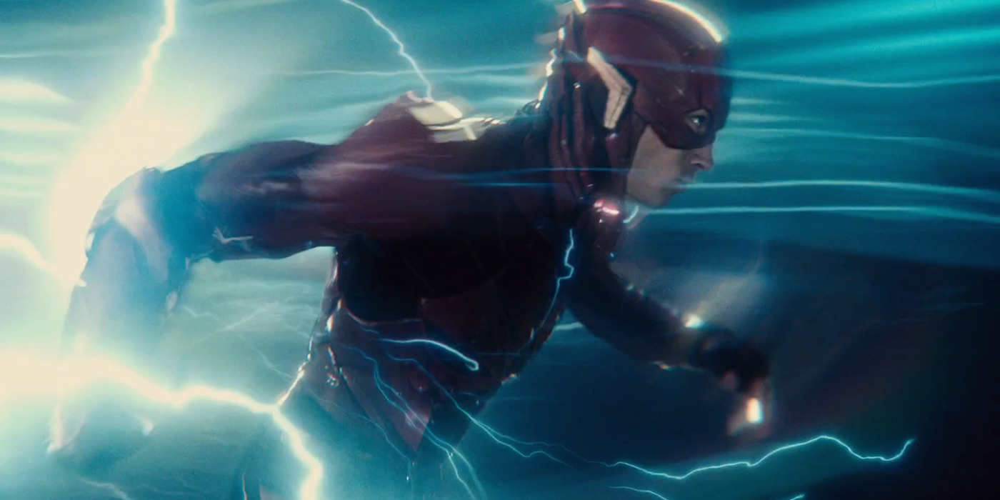 flash justice league running