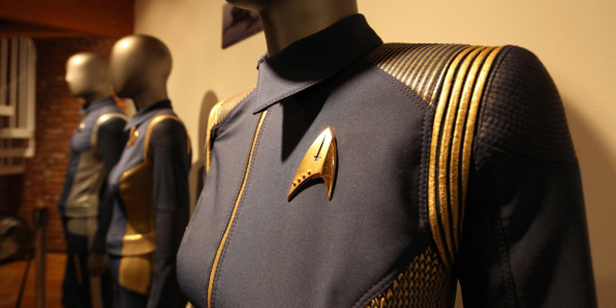 star trek: discovery badge