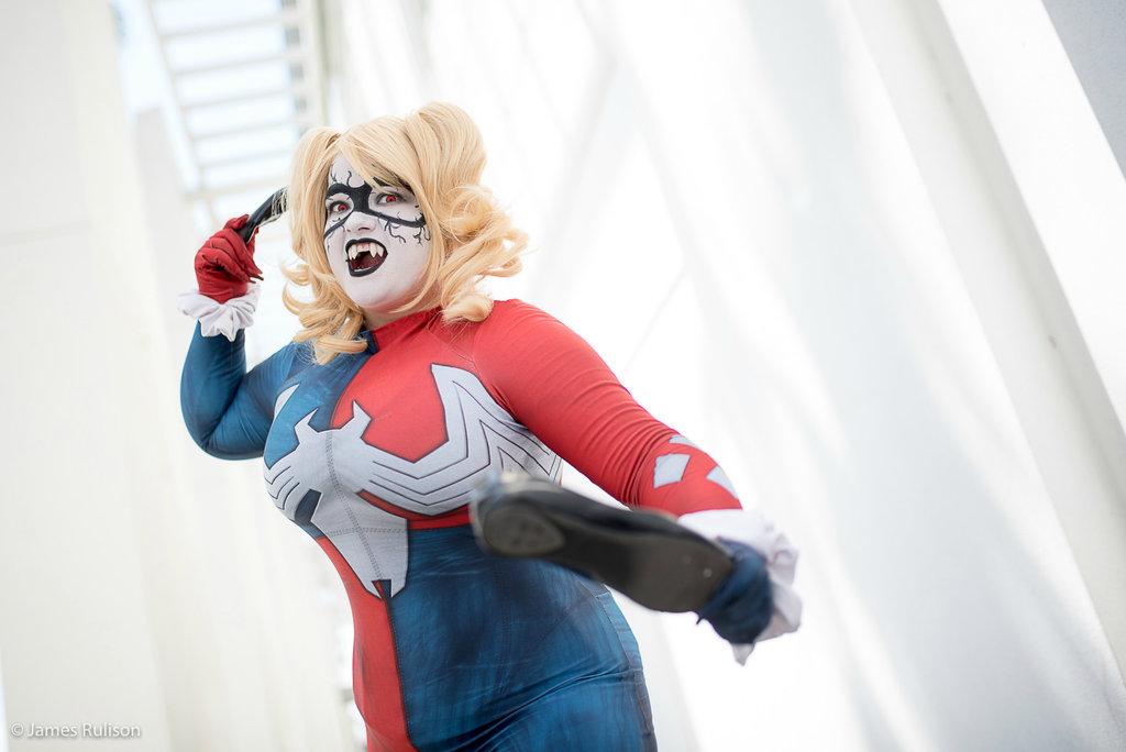 Harley Quinn Venom Cosplay