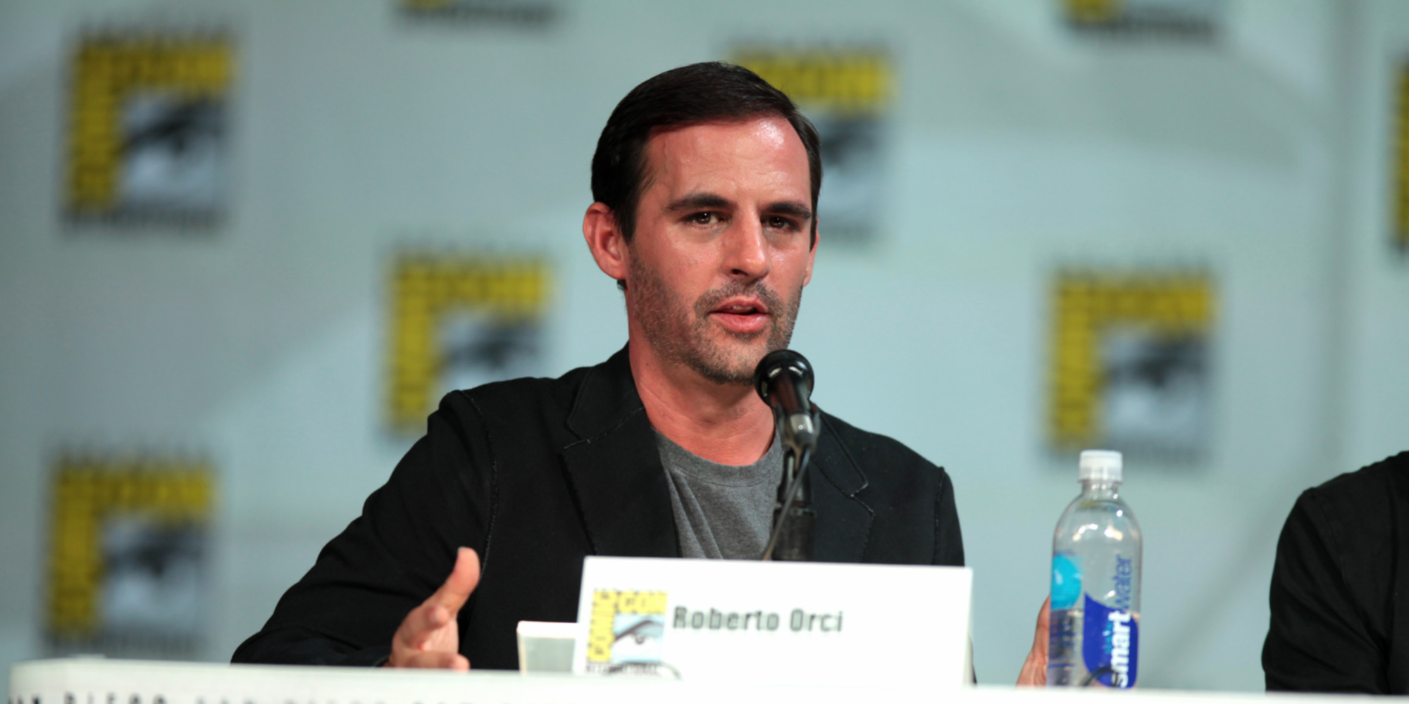 Star Trek's Roberto Orci to Produce Galaga Animated Series