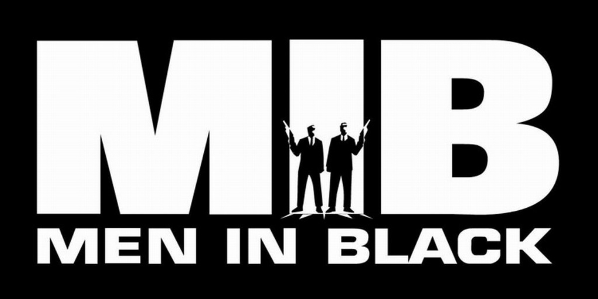 Men in Black: Hemsworth Announces End of Filming With New Photo