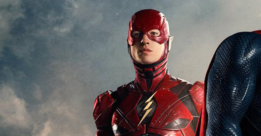 """SDCC: Grant Gustin Weighs in on The Flash's """"Justice ... Supergirl Comic Costume"""