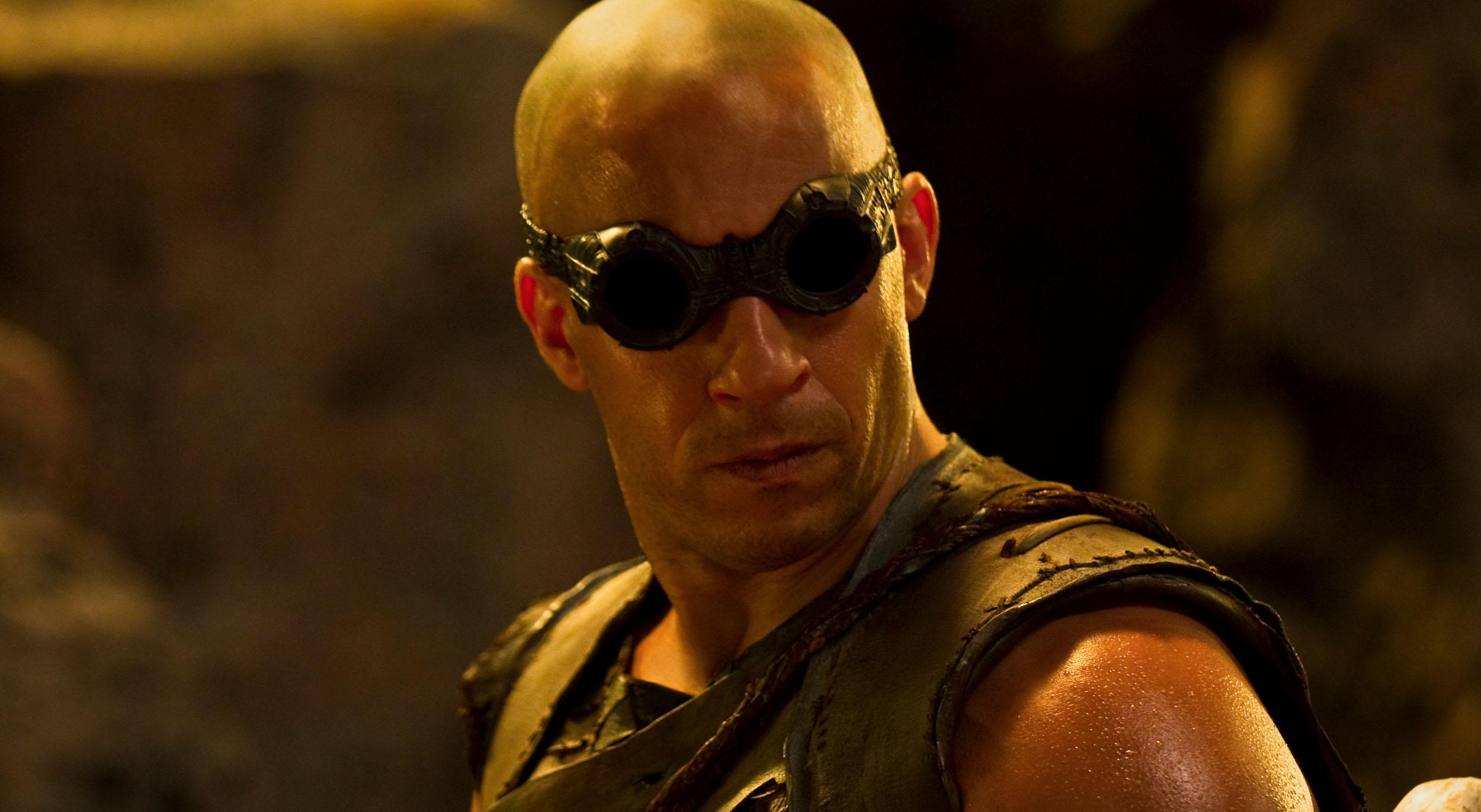 Vin diesel - Vin Diesel Enters First Look Tv Deal With Universal Riddick Series Possible